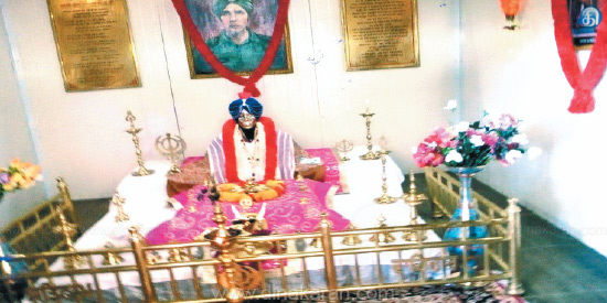 A soldier worshiping Baba!