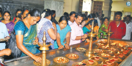 Special prayers of Lord Fridge in Amman temples
