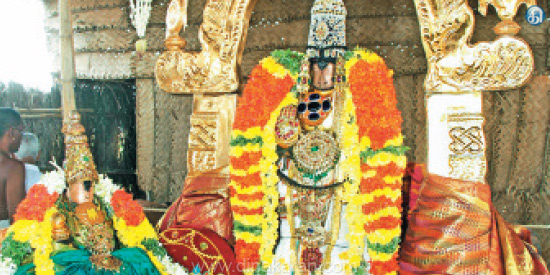 Mother of Tiruvallara Shenbagavalli