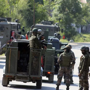 Army Major killed, another officer and 2 jawans injured in Kashmir encounter