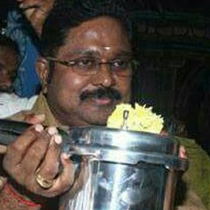 Dikhi Dinakaran can not issue a cooker logo: Supreme Court of India Election Commission