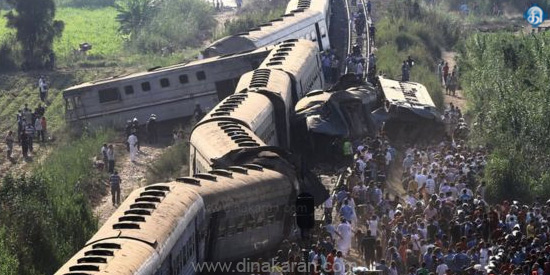 44 passengers killed in train collision in Egypt