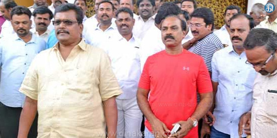 Dinakaran support MLAs to sack 18 MLAs Speaker advises