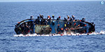 Italy, the boat carrying refugees crash kills 7