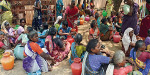 Panchayat Union office besieged village women asked for water with empty pots