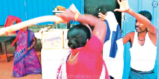 Madurai Kudal Nagar Taskmak shops bloopers breaking of liquor: police arrested women in the bar