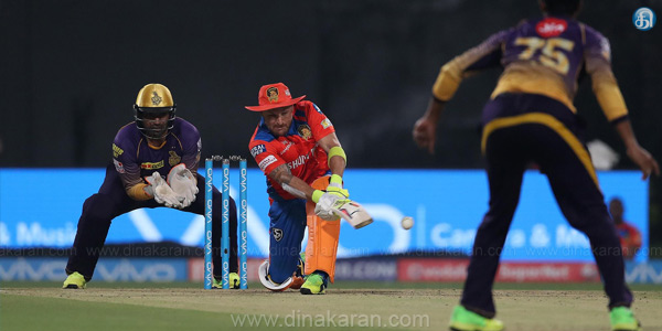 IPL T20 : Gujarath Lions Beat kolkatta Riders by 4 wickets