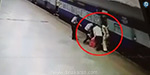 Railway guard who saved women life falling from the Mumbai train
