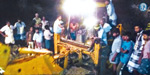 People digging for treasure in the temple at midnight: Sensation near Salem