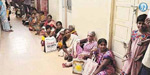 pepople waiting for get  Aadhar card due to staff late
