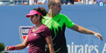 Topseeded mixed doubles duo Sania Mirza and Bruno Soares marched in to the semifinals of the Australian Open, beating local pair Casey Dellacqua and John ...
