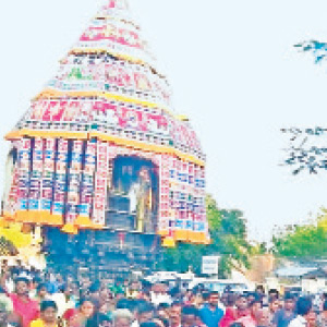 The Vaitheeswaran temple near Serikazhi is the chariot of the great devotees