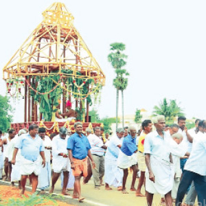 The new chariot of the beautiful Nachiyamman Temple in Ponnaravarai