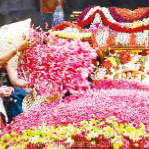 Pushpa Yagam: devotees darshan to Padmavathi mother with 6 ton flowers in Tiruchanur