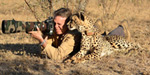 Not only humans, even animals too will give extraordinary poses for photographs