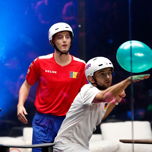 World Cup Tournament for Balloon Knockers: Fun in Spain !!