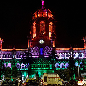 Independence Day Festival - Government buildings across the country shone in triple colors