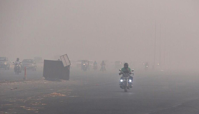 Echo of Diwali celebration: the metropolis became the capital; Delhi is the air pollution