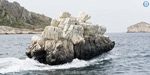 Is this a boat ... or an iceberg ...?: French painter's killer idea .. !!