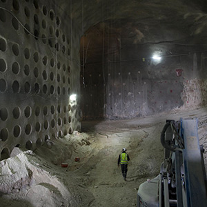 Around 22,000 graves in the underground tunnel! : Build in Jerusalem