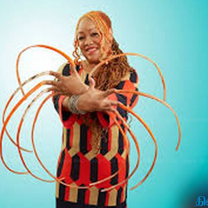 The woman who has grown the longest nails in the world !!!