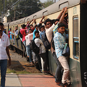 Bus tariff hike Echo: The crowd rally in trains