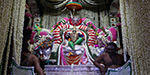 Spring Festival on the closing day of the Lord murugan Pushpa palanquin came to stroll in the streets of the attic