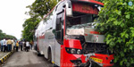 Terror in UP !: 18 workers were killed when a lorry collided with a bus on the road .. !!
