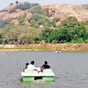 The epic vacation of the echoes of Sidhanavasal in the holiday season enjoyed the boat ride