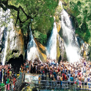 Tourist attractions in Courtallam waterfalls