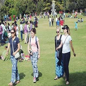 Foreign tourists did not dwindle after the second season