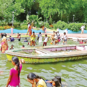 Tourists accumulated on the Bhavani Sagar Dam to celebrate the holiday