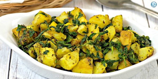 Banana, spinach curry